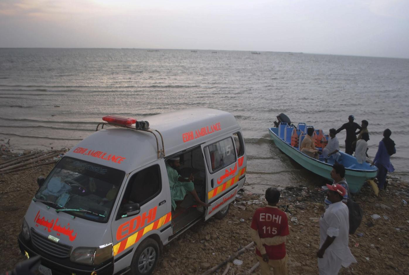 A small boat carrying local tourists capsized on a lake in southern Pakistan on Monday, leaving 10 passengers dead and another three missing, police said.